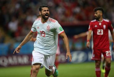 Espanha vence Irã e divide liderança do Grupo B com Portugal | Roman Kruchinin l AFP
