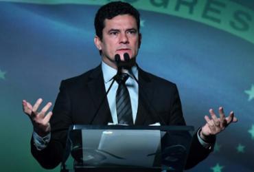 'Não há vergonha na aplicação da lei', diz Moro à CNN sobre Lava Jato | Nelson Almeida | AFP Photo
