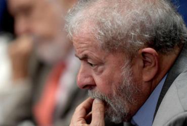 Defesa de Lula pede revisão de sentença no caso do triplex do Guarujá   Leonardo Benassatto   Reuters