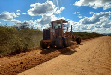Estradas de Casa Nova recebem obras de manutenção