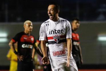 Vitória não resiste ao São Paulo e volta a sofrer ameaça do Z-4 | Alê Vianna l Eleven l Estadão Conteúdo