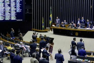 Deputados analisam proposta de mudanças nas regras de uso dos agrotóxicos   Wilson Dias   Agência Brasil