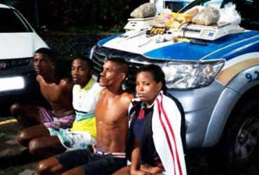 Integrantes de quadrilha são presos com cerca de 2 mil porções de drogas