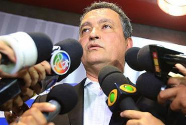 Caciques do PSB e PCdoB dão cano no forró de Rui Costa | Joá Souza l Ag. A TARDE