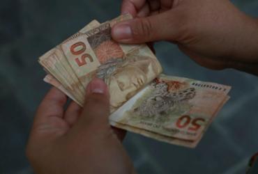 Servidores da prefeitura de Salvador têm salário antecipado para dia 21   Joá Souza   Ag. A TARDE