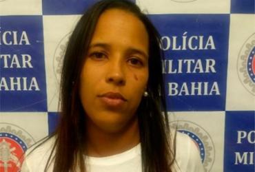Mulher é presa enquanto entregava 6 quilos de maconha a adolescente   Divulgação   SSP-BA