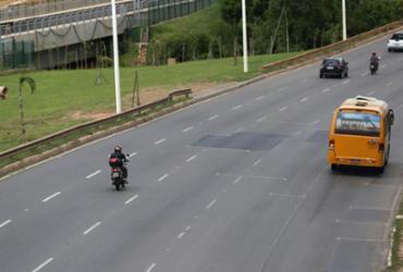 Após protesto, trânsito normaliza na Avenida Paralela | Raul Spinassé | Ag. A Tarde