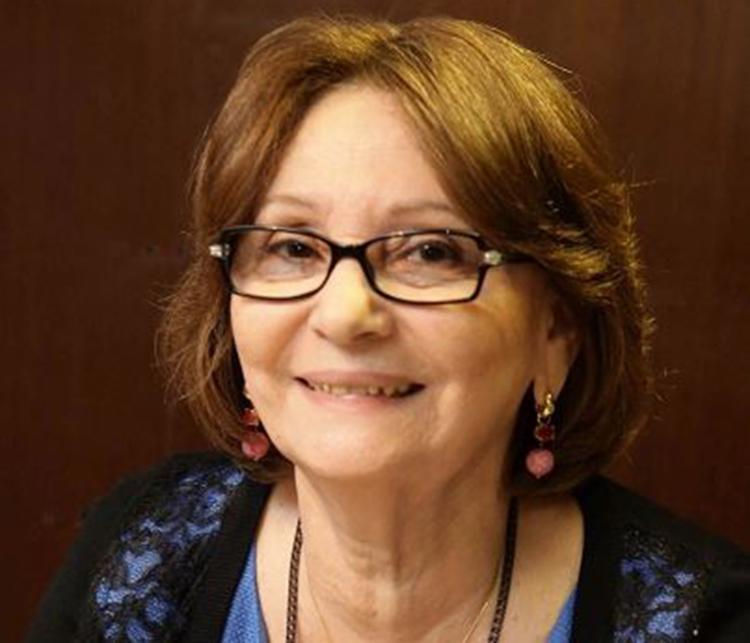 Livro de Heloísa Prazeres comemora trajetória literária da autora