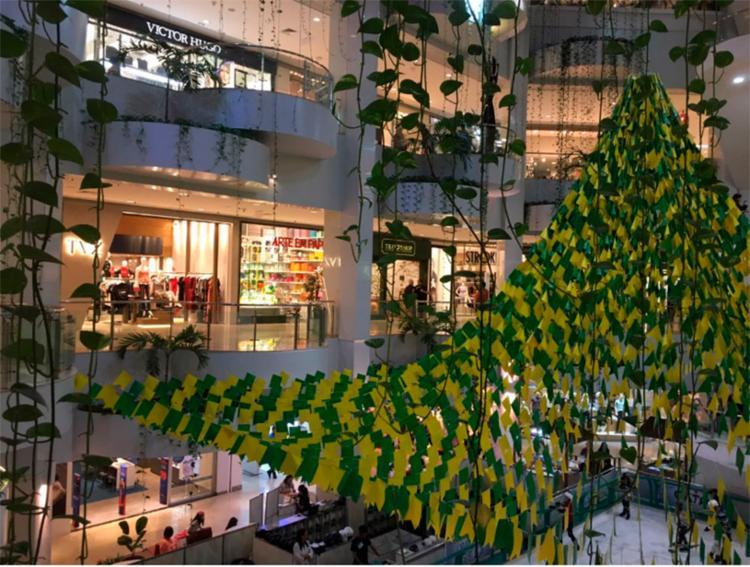 Devido ao jogo do Brasil, alguns estabelecimentos funcionarão em esquema especial - Foto: Juracy dos Anjos