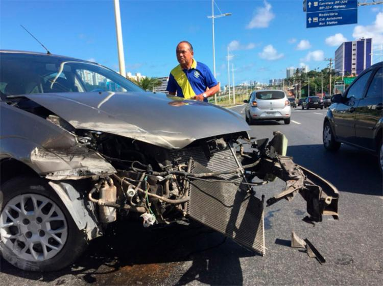 Motorista contou que fez de tudo para evitar um acidente maior - Foto: Luciano Carcará | Ag. A TARDE