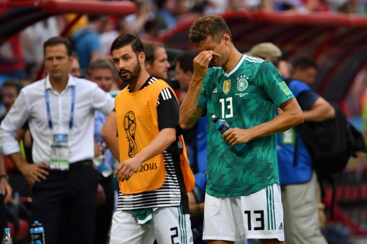 A última vez que os alemães haviam sido eliminados na fase inicial foi em 1938, - Foto: AFP