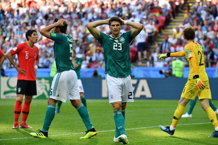 Alemanhã foi derrotada e eliminada por dois gols marcados nos acréscimos - Foto: Saed Khan | AFP