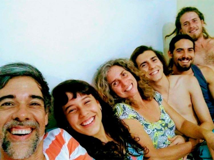 Jonga, Mônica e seus quatro filhos