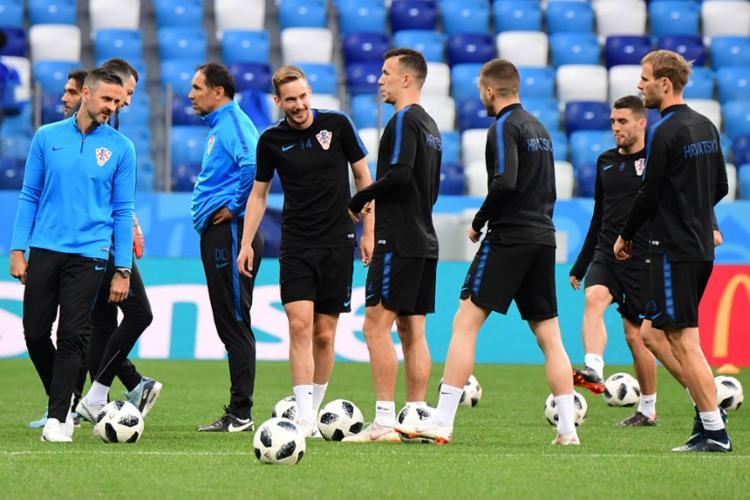 A Croácia enfrenta a Argentina em busca da classificação direta - Foto: Martin Bernetti | AFP