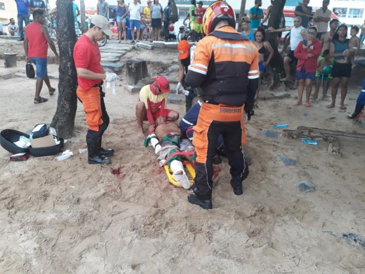 Logo após o ataque, José Ernesto Ferreira da Silva foi socorrido pelos bombeiros - Foto: Corpo de Bombeiros | Divulgação