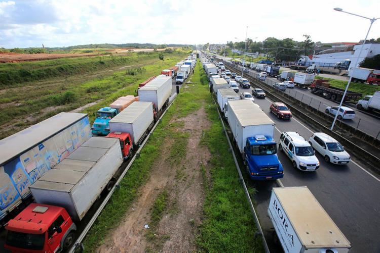 Reunião com o ministro foi gravada pelos caminhoneiros, que já articulavam pelos grupos de WhatsApp uma nova paralisação - Foto: Margarida Neide   Ag. A Tarde