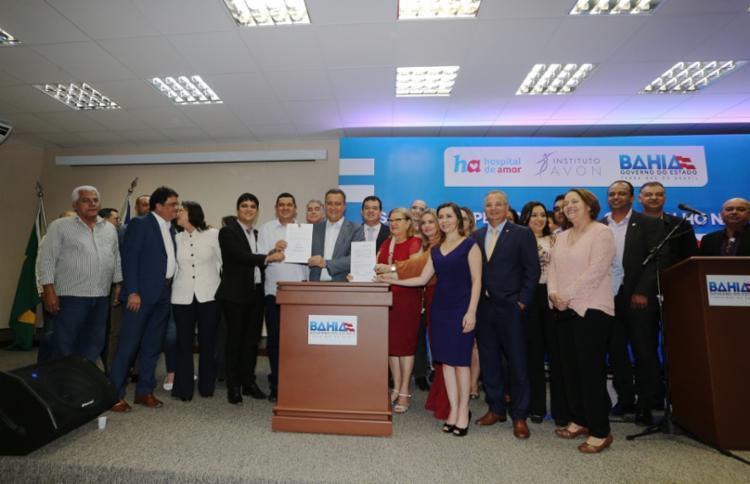 O Instituto Avon investirá R$ 12 milhões na implantação e operação do Programa de Rastreamento do Câncer de Colo de Útero e Mama - Foto: Manu Dias/GOVBA
