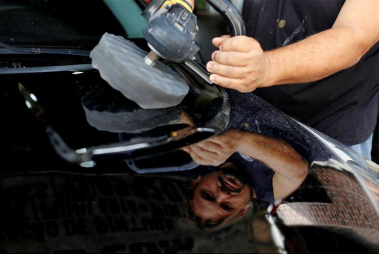 Carlos Alberto Galvão, diz que clientes devem fazer mudanças mais leves