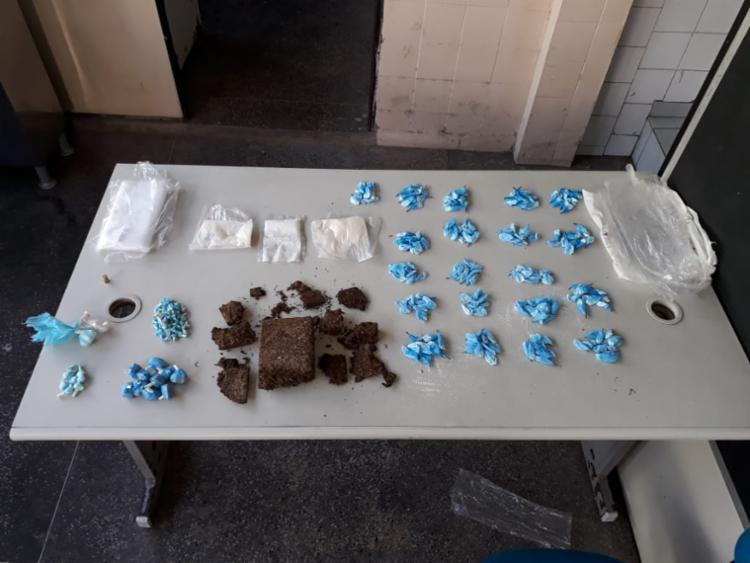 As drogas encontradas em Pirajá foram apresentadas na 4ª DT em São Caetano - Foto: Divulgação   SSP
