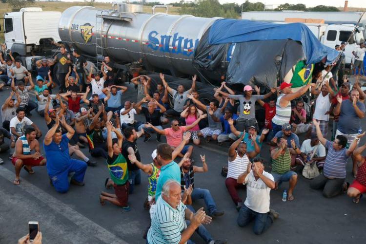 Caminhoneiros paralisaram em protesto pelo aumento do preço do diesel - Foto: Tomaz Silva | Agência Brasil