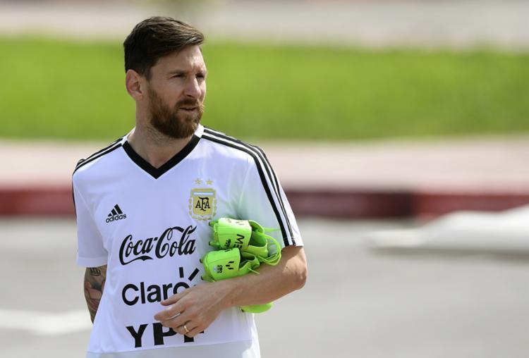 Lionel Messi e a Argentina tem a obrigação de vencer para passar às oitavas de final - Foto: Juan Mabromata | AFP