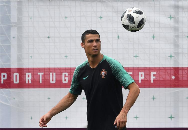 Liderado por Cristiano Ronaldo, Portugal pode dar um grande passo rumo às oitavas - Foto: Francisco Leong l AFP