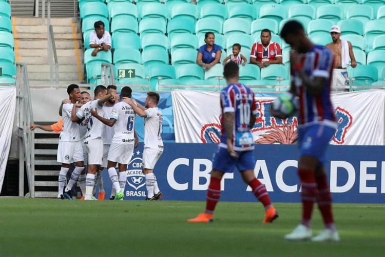 Maicon e Thanciano marcam e o Grêmio tira a invencibilidade do Bahia na Fonte Nova - Foto: Raul Spinassé | Ag. A TARDE