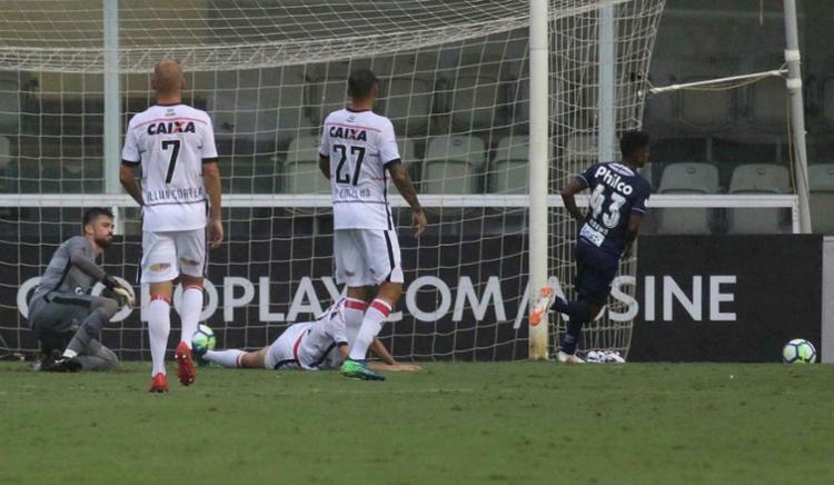 Vitória foi atropelado no primeiro tempo e não conseguiu se recuperar - Foto: Marco Silva | Estadão Conteúdo