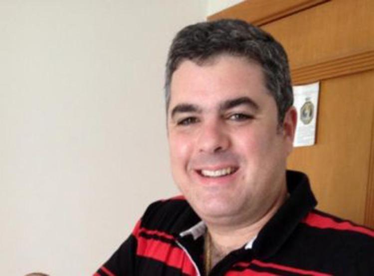 Luciano foi espancado após deixar bar na Pituba - Foto: Reprodução   Facebook