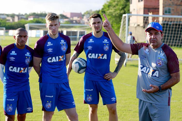Enderson Moreira já comandou ontem o primeiro treino no Fazendão - Foto: Felipe Oliveira l EC Bahia