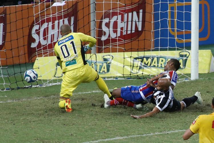 Gol foi marcado por Élber, aos 17 minutos do segundo tempo - Foto: LC Morira | Estadão Conteúdo