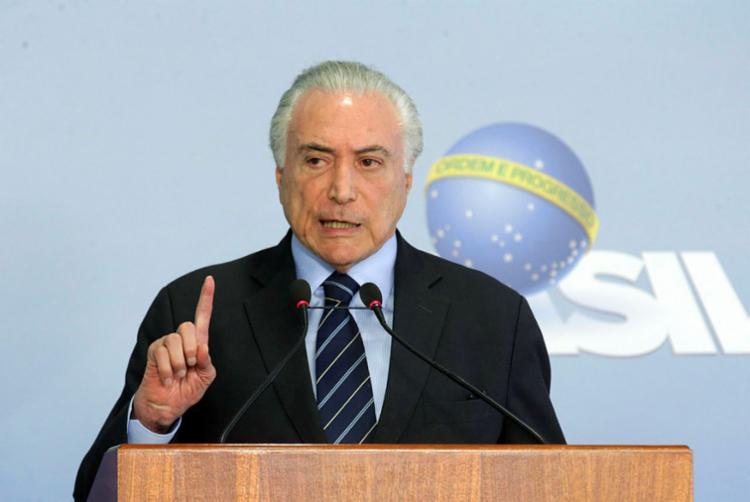 O presidente sugeriu ao vice-presidente dos Estados Unidos, Mike Pence uma solução ao drama das crianças refugiadas - Foto: Antonio Cruz | Agência Brasil