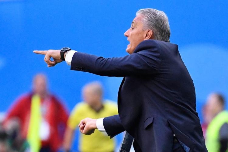 Com o Brasil dominando no segundo tempo, Tite viu evolução na equipe - Foto: Christophe Simon | AFP