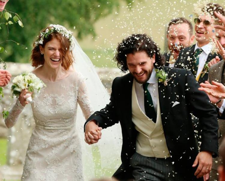 O casamento ocorreu no castelo de Wardhill neste sábado - Foto: Reprodução   Backgrid