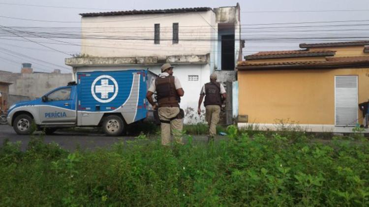As vítimas residiam há pouco tempo no bairro - Foto: Aldo Matos | Reprodução | Site Acorda Cidade