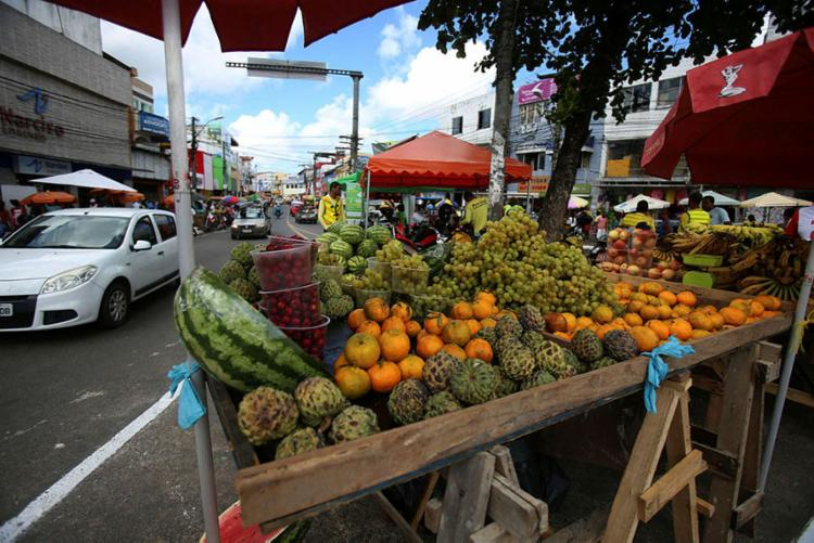 O grupo Alimentação responde por 25% das despesas das famílias - Foto: Joá Souza   Ag. A TARDE