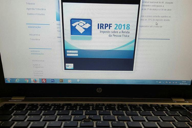 Na consulta à página da Receita é possível acessar o extrato da declaração - Foto: Marcelo Casal | Agência Brasil