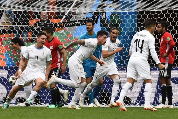 O zagueiro Jose Maria Gímenez foi o salvador do Uruguai - Foto: AFP