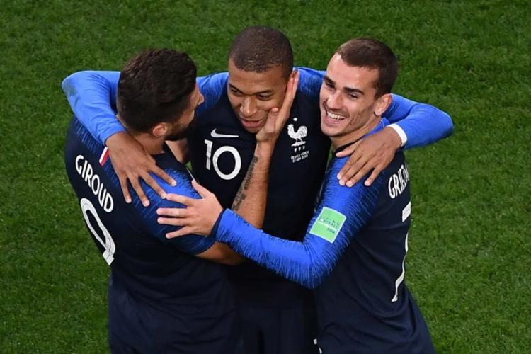 Mbappé comemora gol contra o Peru - Foto: AFP