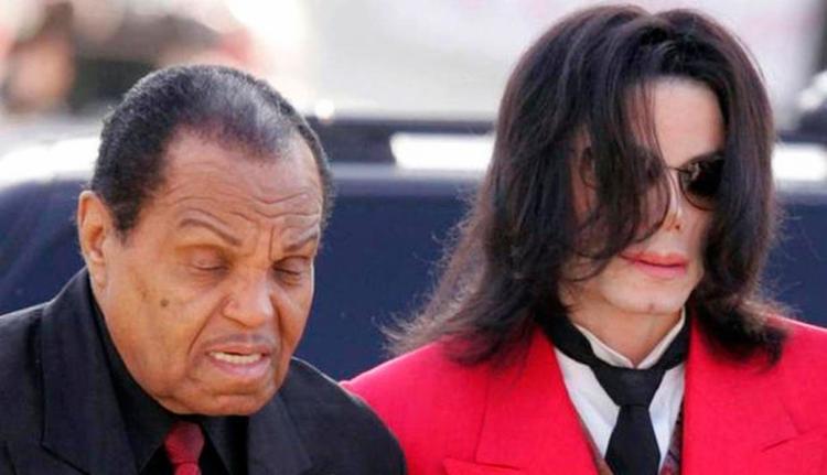 Joe Jackson não foi incluído no testamento de Michael - Foto: AFP