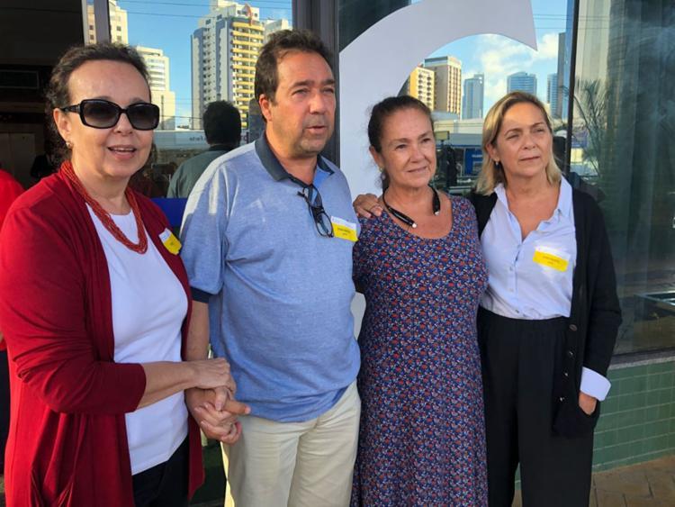 Lídia, Francisco, Vivian e Cristina, filhos de Waldir Pires - Foto: Margarida Neide | Ag. A TARDE