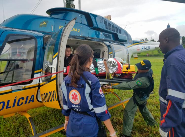 Vítima foi resgatada por um helicóptero da PRF - Foto: Divulgação   PRF