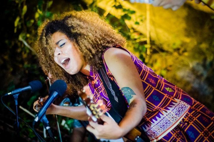 A cantora Josyara mudou-se para São Paulo depois de perceber uma