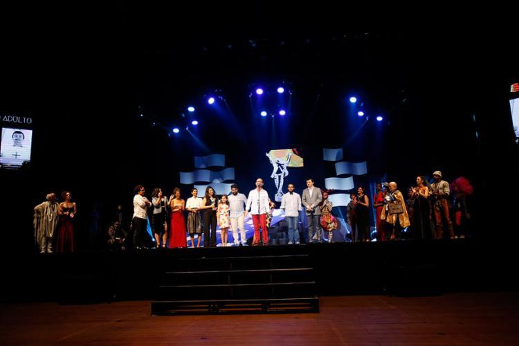 A peça 'Um Vânia' recebeu o troféu de melhor espetáculo adulto - Foto: Luciano Carcará l Ag. A TARDE