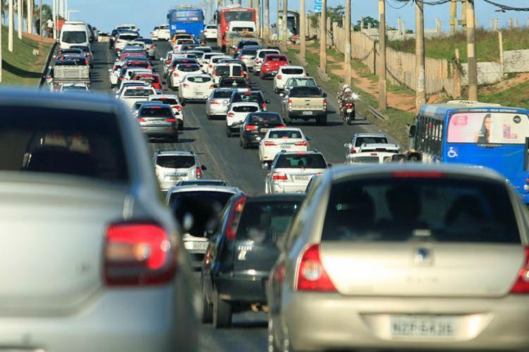 Motoristas encontram lentidão no sentido rodoviária - Foto: Alessandra Lori | Ag. A TARDE
