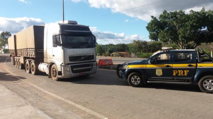 Condutor levava carga sem nota fiscal - Foto: Reprodução   PRF