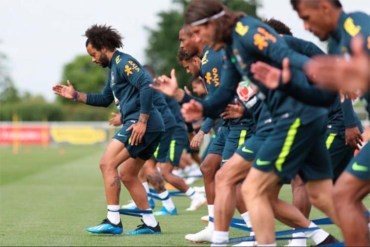 O treino foi aberto ao público em virtude de uma exigência da Fifa - Foto: Lucas Figueiredo | CBF