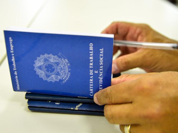 As vagas de emprego estão disponíveis em vários municípios baianos - Foto: Divulgação