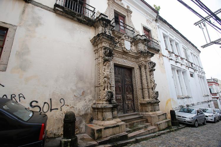Imóvel é tombado pelo Instituto do Patrimônio Histórico e Artístico Nacional e está avaliado em R$ 9,5 milhões - Foto: Margarida Neide l Ag. A TARDE