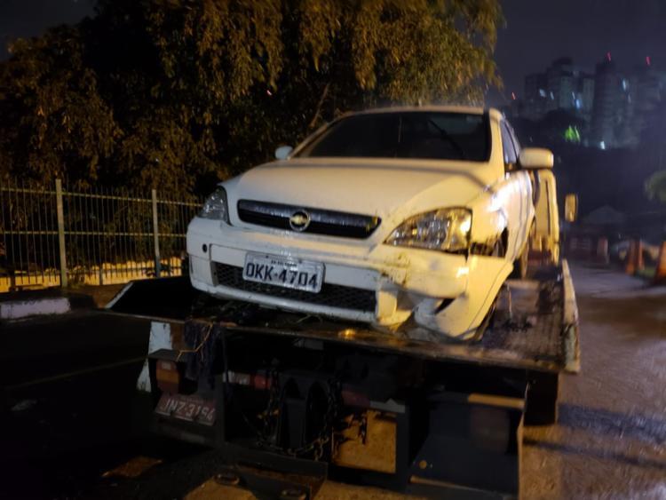 Veículo foi usado para a fuga dos suspeitos - Foto: Divulgação   SSP